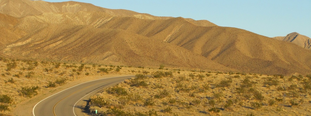 https://www.californiaoverland.com/wp-content/uploads/2012/09/S22-approaching-Borrego.jpg