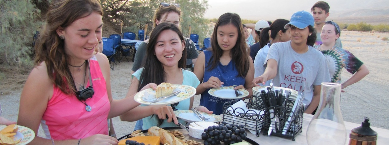 https://www.californiaoverland.com/wp-content/uploads/2012/09/hungry-university-students.jpg